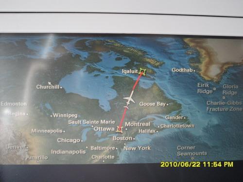 从渥太华飞往北极Iqaluit 需要近3小时,2010年6月22日
